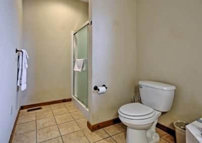 269 Bathroom1b