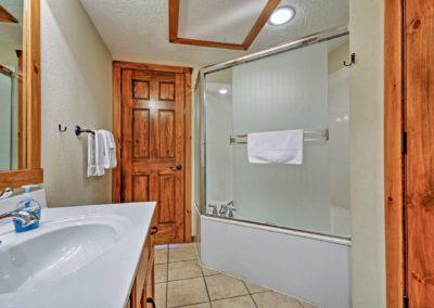 269 Bathroom3b