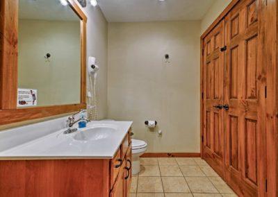 269 Bathroom4a