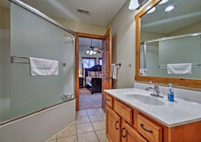269 Bathroom4b
