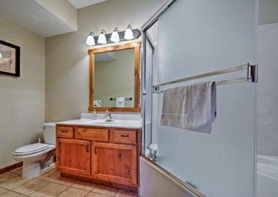 269 Bathroom6a